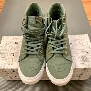 Rare Vans Mono Canvas Sk8-Hi Shoes in Khaki